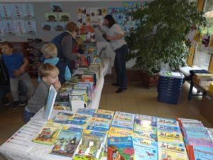 Herbstmarkt 2016 Stand der Bücherei Fredenbeck