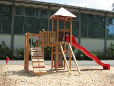 Klettergerüst Turnhalle : Übergabe klettergerüst grundschule hedemünden