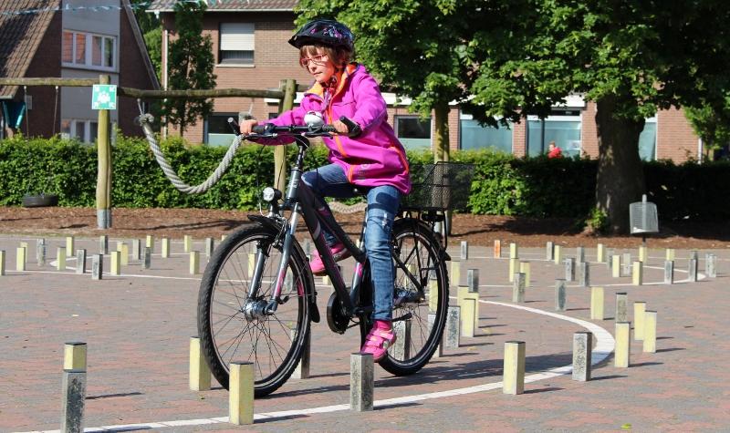 Höchste Konzentation beim Radfahren (800x475)